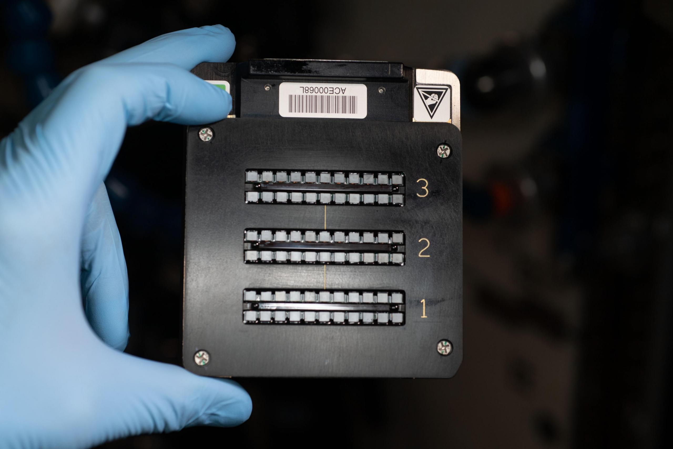 Hardware para la investigación ACE-T-Ellipsoids