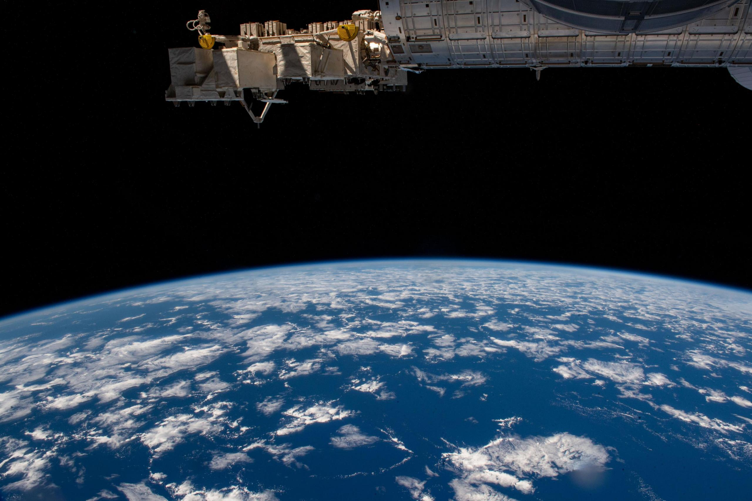 imagen de la Tierra tomada desde la estación espacial