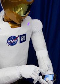 Robonaut 2 (tweet, 200px)