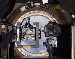 WORF y la ventana de calidad óptica de la estación son una mezcla perfecta de arte y ciencia. Nos permiten realizar investigaciones en la Tierra y tomar impresionantes fotografías de nuestro planeta en alta resolución.