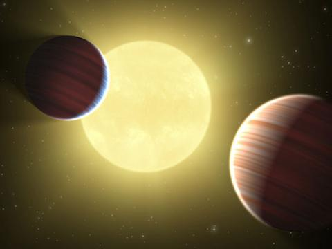 Kepler Discovers Multiple Planets (two planets, 550px)
