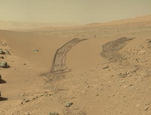 The Dingo Gap dune as seen by Curiosity