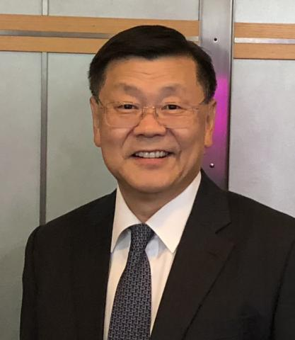 Portrait Photo of John Lee