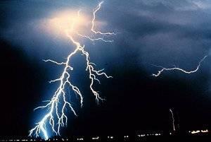 lightning_noaa3.jpg