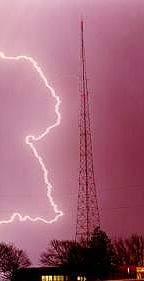lightning_TowerMissourirev.jpg