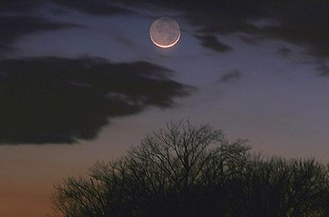 The crescent Moon photographed by astrophotographer Doug Zubenel on March 8, 2008.