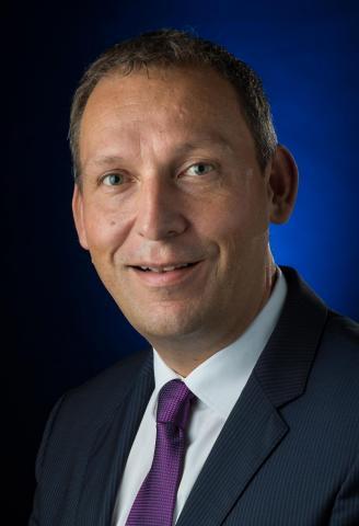 Portrait photo of Thomas Zurbuchen