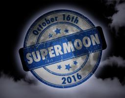 2016 Ends with Three Supermoons Poster 1