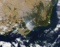 Satellite photo of smoke plumes from fires in Australia