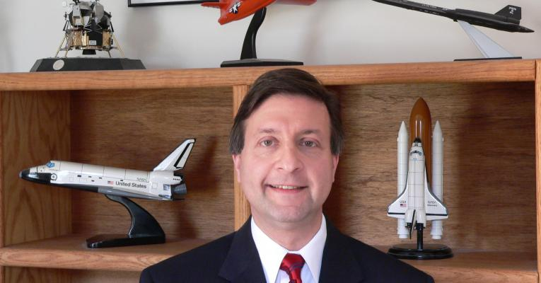 Dr. Roy Maizel